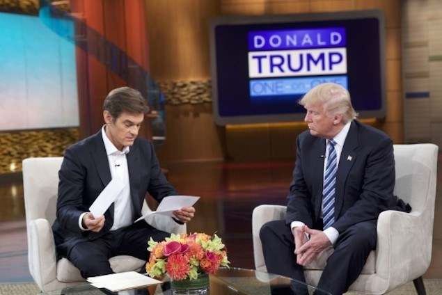 Dr. Mehmet Oz (left) and Trump. Conflicting reports put Trump's weight at 236 or 267 pounds, which are both considered overweight for his 6-foot-3 frame.